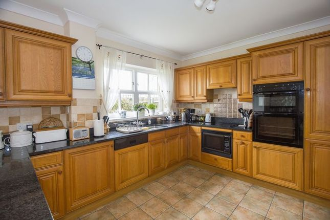 Photo 26 of Cliffside, Penarth CF64