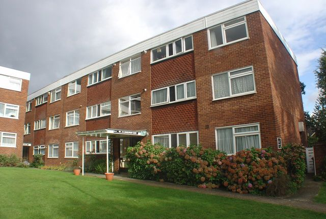 Thumbnail Flat to rent in Charlwood Close, Harrow Weald