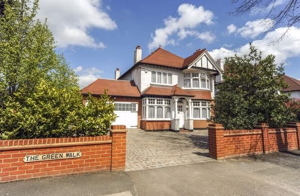 6 bed property for sale in The Green Walk, North Chingford, London
