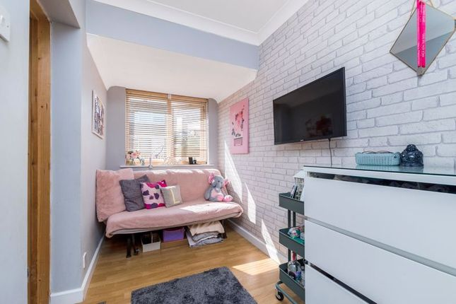 Bed 4/Reception of Langford Place, Sidcup DA14