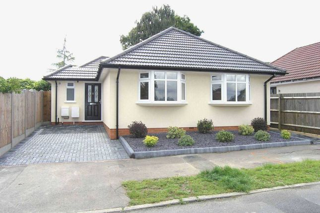 Thumbnail Bungalow for sale in Compton Place, Watford