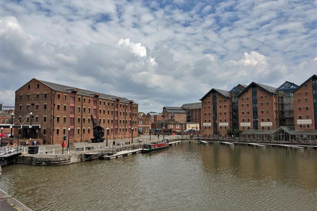 Thumbnail Flat for sale in Severn Road, The Docks, Gloucester