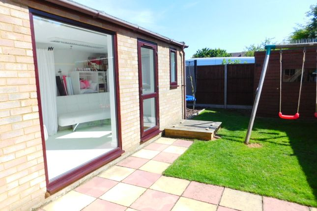 Thumbnail Semi-detached house for sale in Old School Walk, Arlesey, Beds