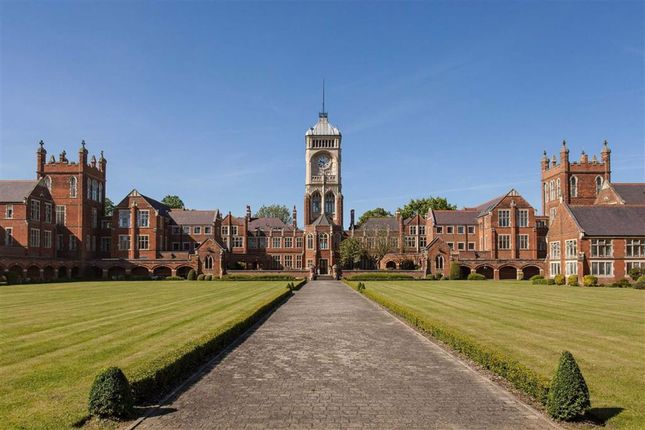 Thumbnail Flat for sale in Royal Connaught Park, Bushey, Hertfordshire
