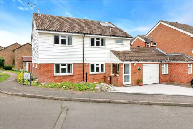 Thumbnail Detached house for sale in Oak Green, Abbots Langley