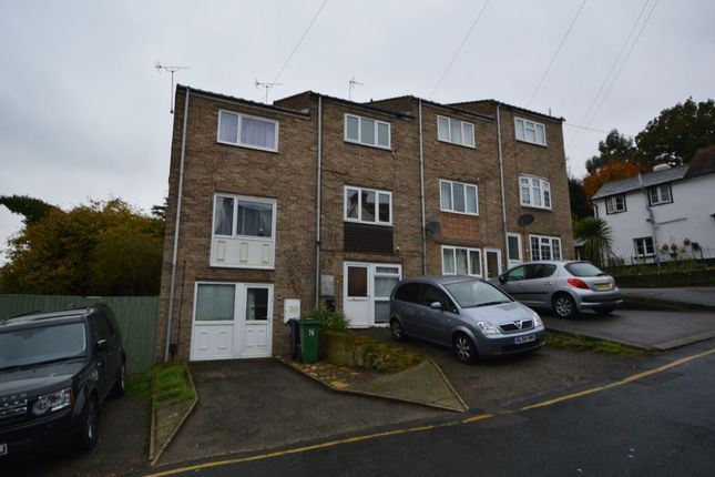 2 bed terraced house to rent in Bower Lane, Maidstone