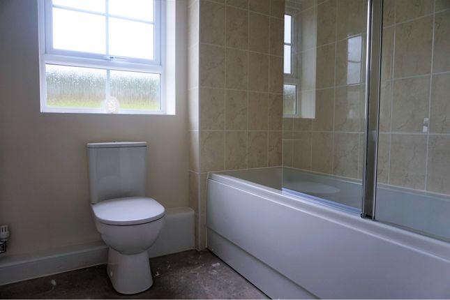 Bathroom of 5 Parkinson Place, Preston PR3