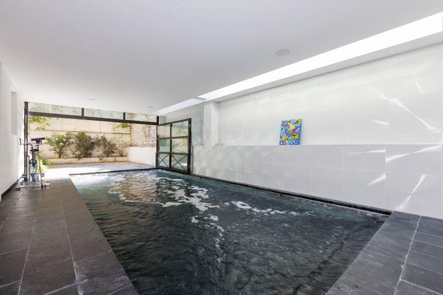 4 bed property for sale in Boulogne-Billancourt, Paris, France