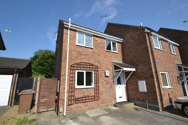 Thumbnail Semi-detached house for sale in Newlands Spring, Chelmsford, Essex