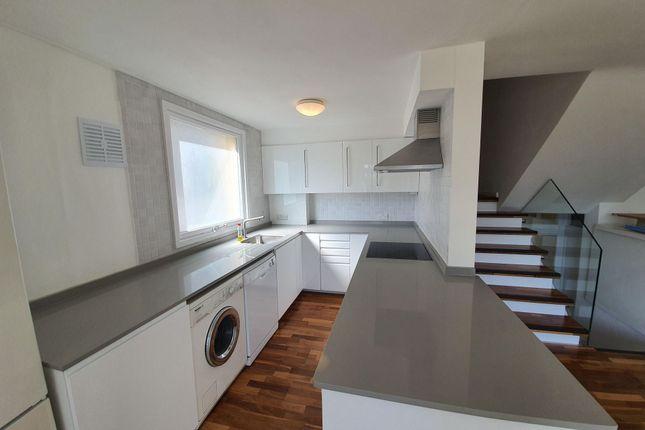 Photo 3 of Westside, Fortis Green, East Finchley N2