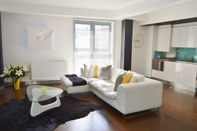 Thumbnail Flat to rent in Dock Street, Leeds