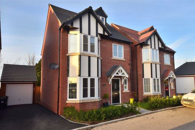 Thumbnail Town house for sale in New Dawn View, Gloucester