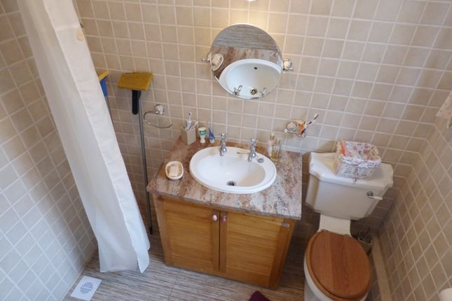 Wet Room of Tamworth Road, Keresley, Coventry CV6
