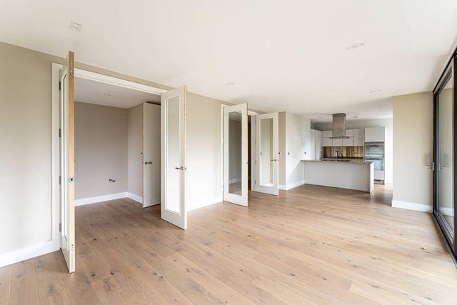 3 bed flat for sale in Aylmer Road, Highgate, London N2