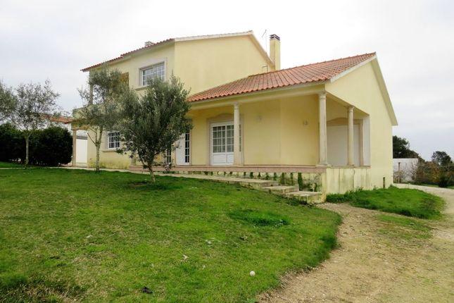 Thumbnail Villa for sale in Nossa Senhora Do Pópulo, 2500 Caldas Da Rainha, Portugal