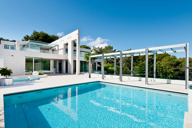 Villa for sale in Sol De Mallorca, Mallorca, Balearic Islands