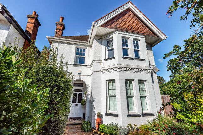 1 bed flat for sale in Effingham Road, Long Ditton, Surbiton KT6