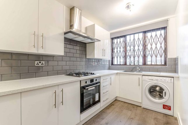 Thumbnail Maisonette for sale in Grove Road, Bow