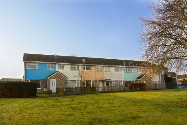 Thumbnail Terraced house to rent in Quarry Road, Witney