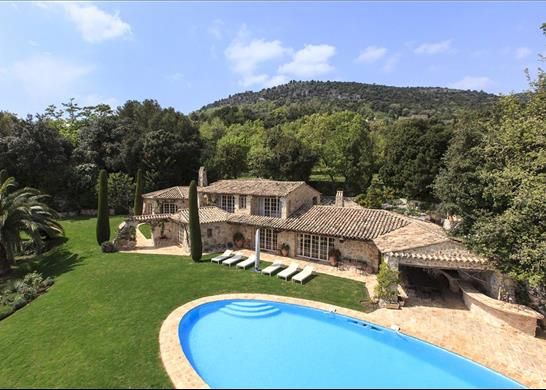 6 bed detached house for sale in Tourrettes-Sur-Loup, France