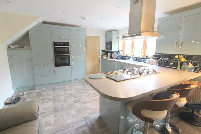 Thumbnail Detached house for sale in Magor, Caldicot