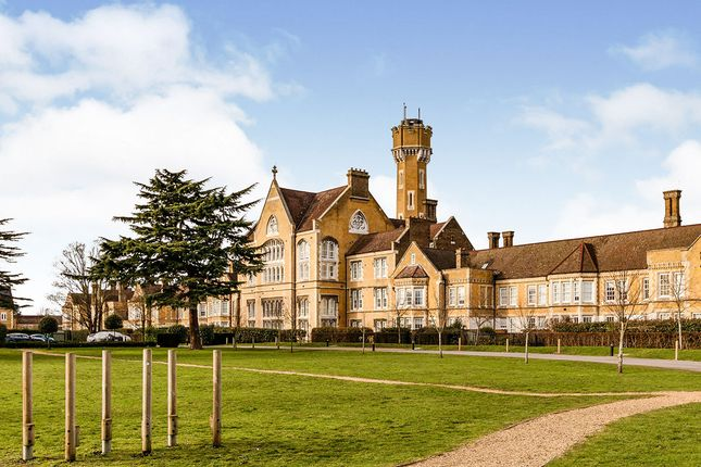 Thumbnail Flat for sale in Bunstone Hall, Chapel Drive, Dartford, Kent