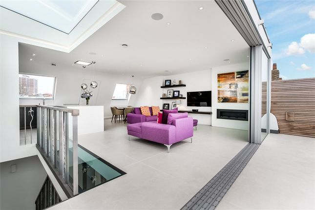Thumbnail Flat for sale in Addison Gardens, London