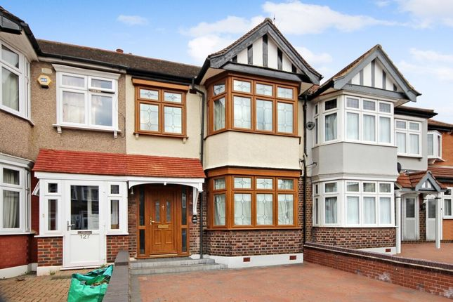 Thumbnail Terraced house to rent in Primrose Avenue, Romford