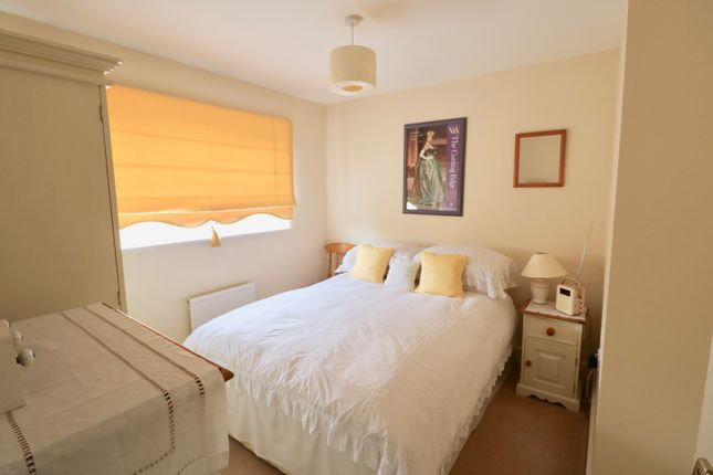 Bedroom 2 of Darlow Drive, Stratford-Upon-Avon CV37