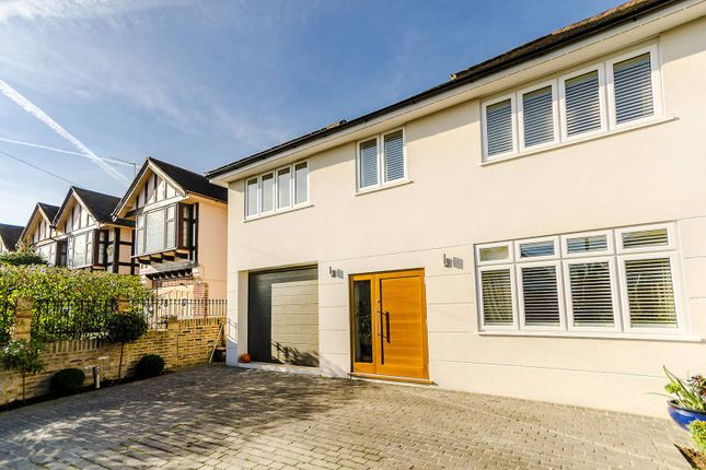 5 bed property for sale in Robin Hood Lane, Kingston Vale