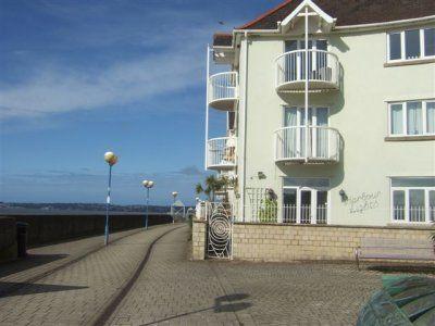2 bedroom flat for sale in St. Vincent Crescent, Maritime Quarter, Swansea