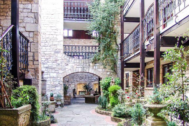 Communal Courtyard Entrance