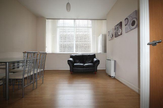 Living Room of Sir Thomas Street, Liverpool L1