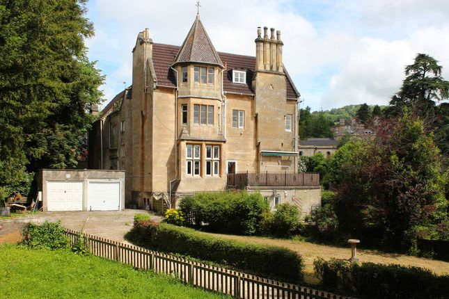Thumbnail Flat to rent in Weston Park West, Bath