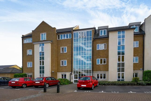 Thumbnail Flat for sale in Reliance Way, Oxford