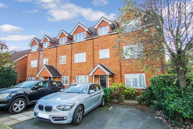 1 bed flat for sale in Cherry Gardens, Northolt UB5