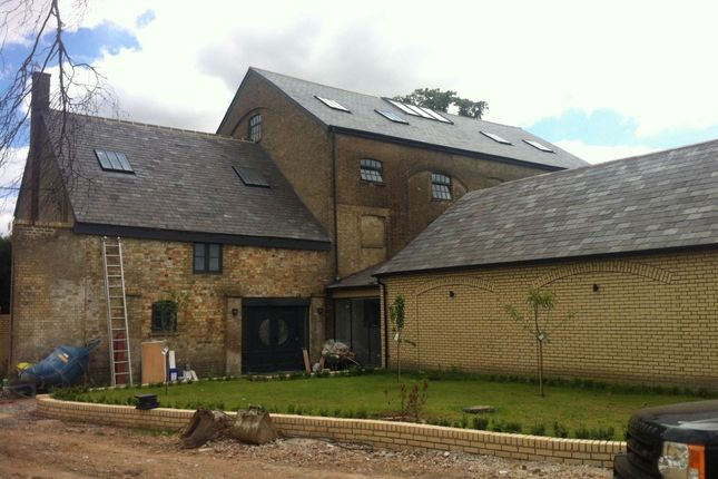 Thumbnail Detached house for sale in Astwick, Hertfordshire