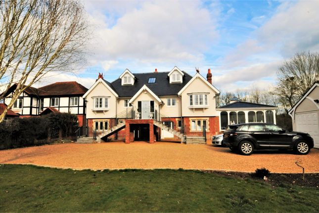 Thumbnail Detached house to rent in Bolney Road, Lower Shiplake, Henley-On-Thames