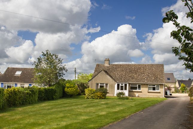 Thumbnail Detached bungalow to rent in Minster Industrial Estate, Downs Road, Minster Lovell, Witney