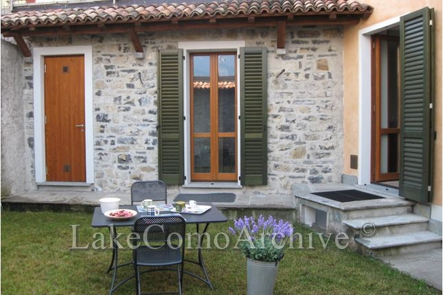 2 bed apartment for sale in Bellagio, Lake Como, Italy