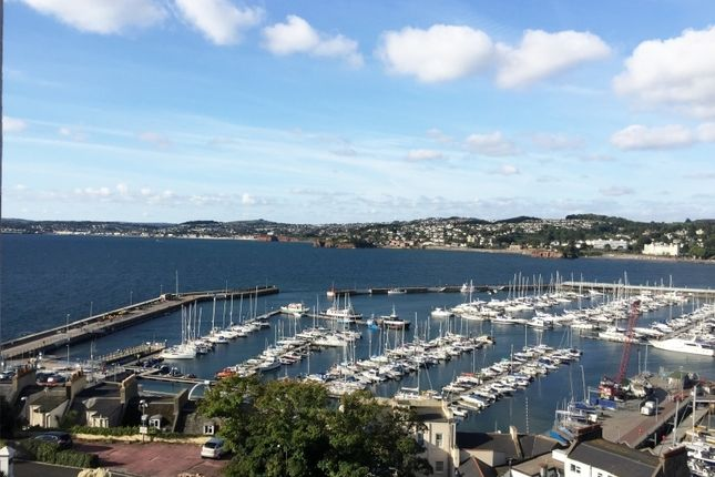 Thumbnail Flat to rent in Park Hill Road, Torquay