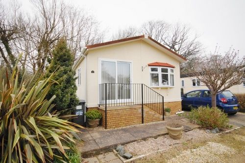 2 bed mobile/park home for sale in Riverside, Wimborne Road, Bournemouth