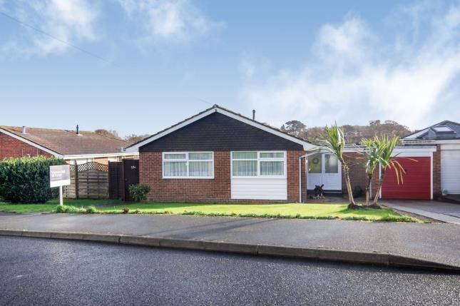 Front of Caws Avenue, Seaview PO34