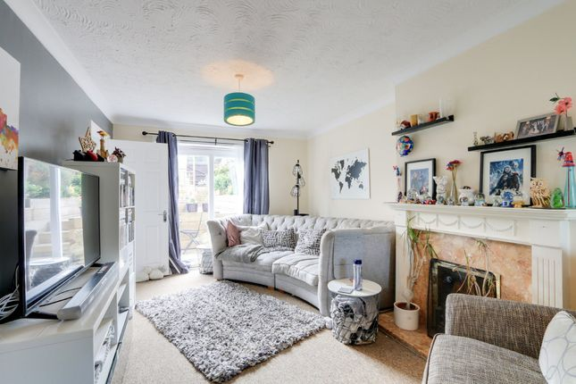 Living Room of King Arthurs Road, Exeter EX4