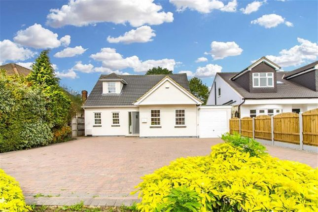 Thumbnail Detached house for sale in Oak Hil Road, Stapleford Abbotts, Essex