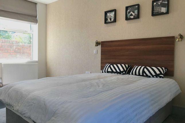 Thumbnail Room to rent in Eversley Road, Sketty, Swansea