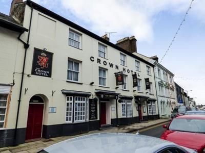 Thumbnail Pub/bar for sale in Crown Hotel, 37-39 High Street, Pwllheli, Gwynedd