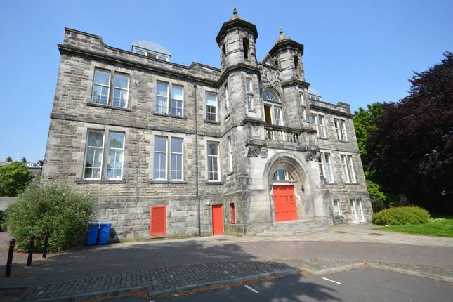 Thumbnail Flat to rent in Skibo Court, Dunfermline