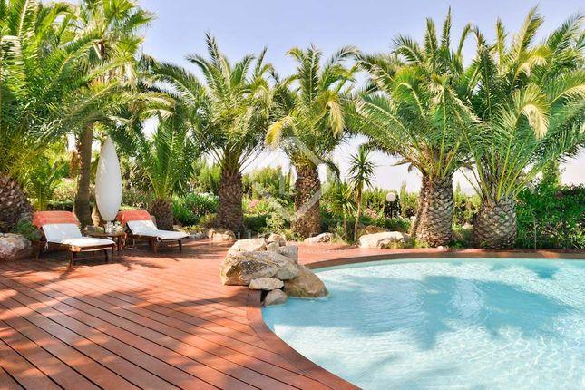 Thumbnail Villa for sale in Spain, Ibiza, Santa Eulalia, Ibz6395