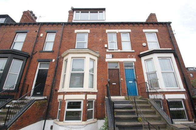 7 bed terraced house to rent in Brudenell Mount, Hyde Park, Leeds